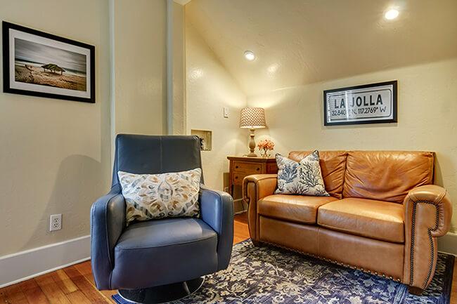 The Living Room La Jolla : La-Jolla-Suite-2-Livingroom650x433 – Hillcrest House Bed ...